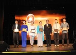中美電影節向入圍電影頒發入圍獎