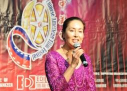 中美電影節共同主席、洛杉磯郡郡長夫人胡惠玲致辭