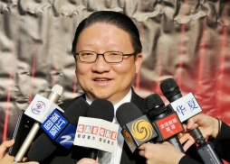 中美電影節主席、鷹龍傳媒董事長蘇彥韜接受媒體訪問